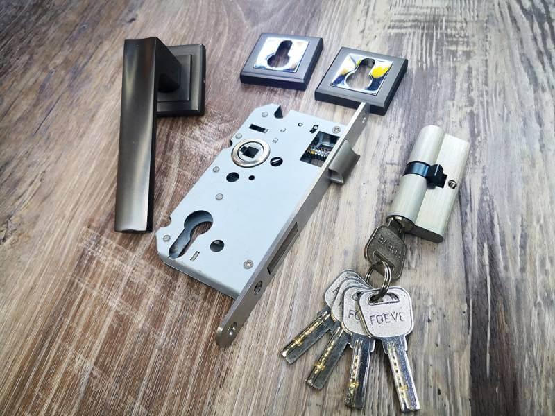 52mm ready stock lever locks